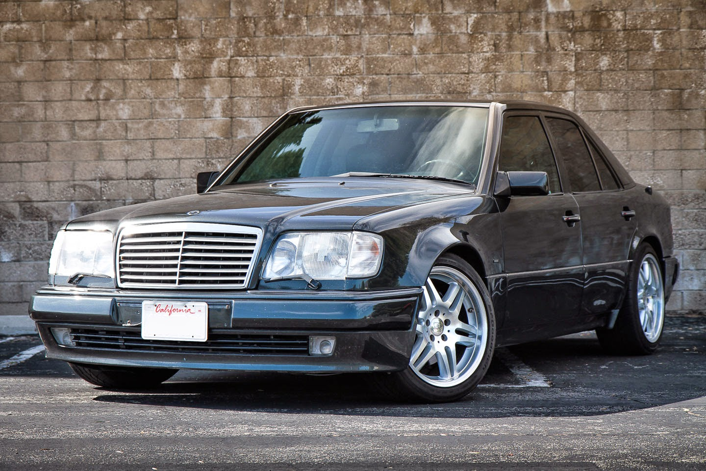 mercedes benz w124 e500 brabus style benztuning. Black Bedroom Furniture Sets. Home Design Ideas