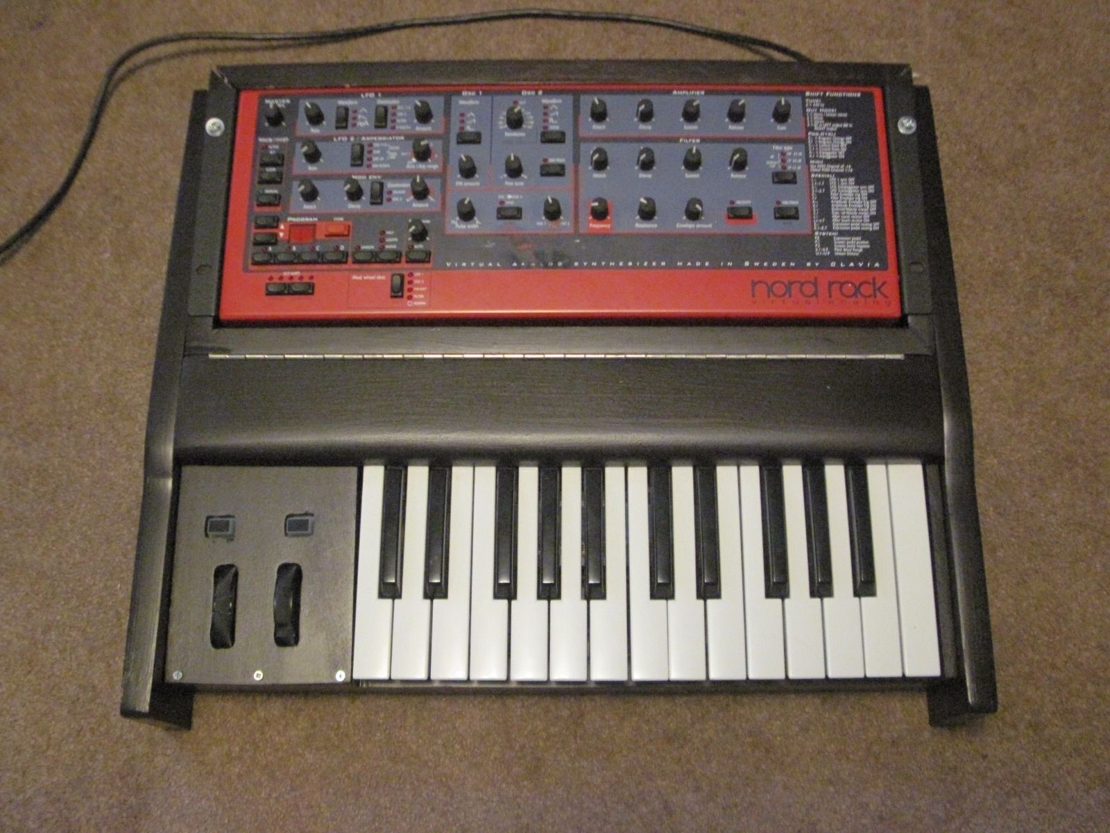 matrixsynth custom wood midi keyboard 25 key 4u rackmount case. Black Bedroom Furniture Sets. Home Design Ideas