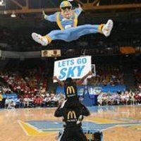 Sky Guy, the Chicago Sky mascot