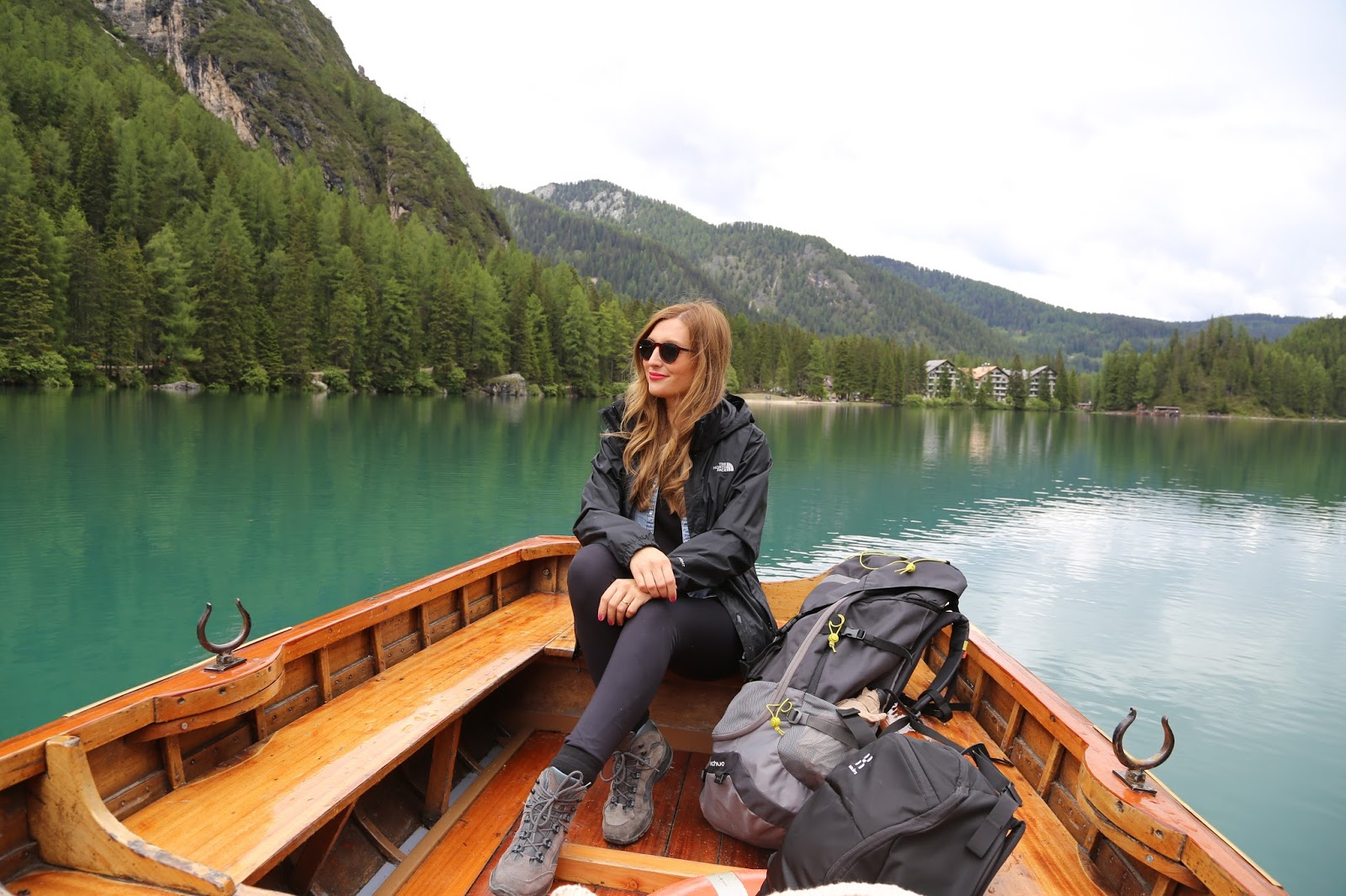 Outdoorlook - was trägt man zum wadern-Outdoorblog -Fashionstylebyjohanna - Südtirol - Fedora Hut - Blogger - Austria - Outdoorblogger - Haglo