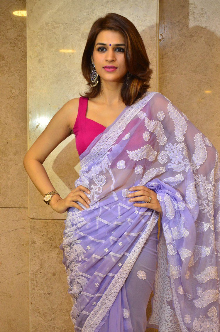 Actress ShraddhaDas Latest HD Images In Saree