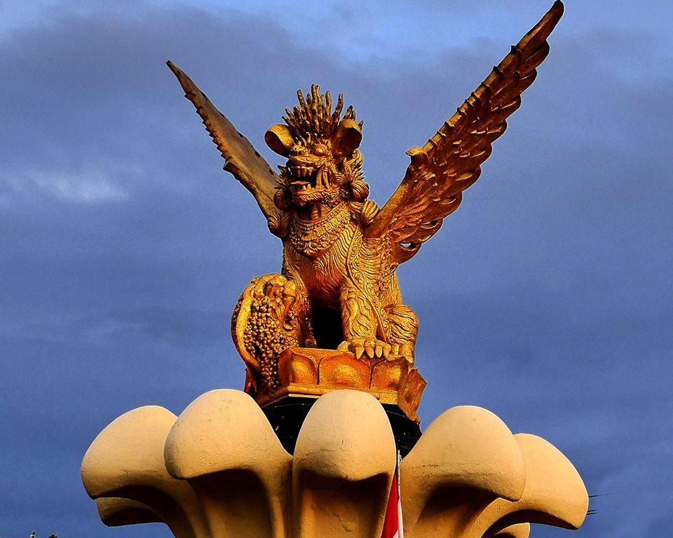 Makna Tugu Singa Bersayap Sebagai Lambang Kabupaten Buleleng Dewata News