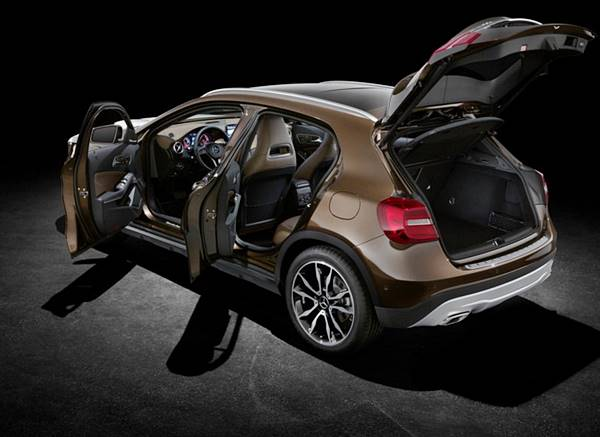 2018 Mercedes-Benz GLA Crossover Facelift Design Review