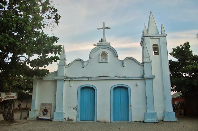 Capela São Francisco de Assim, na Praia do Forte
