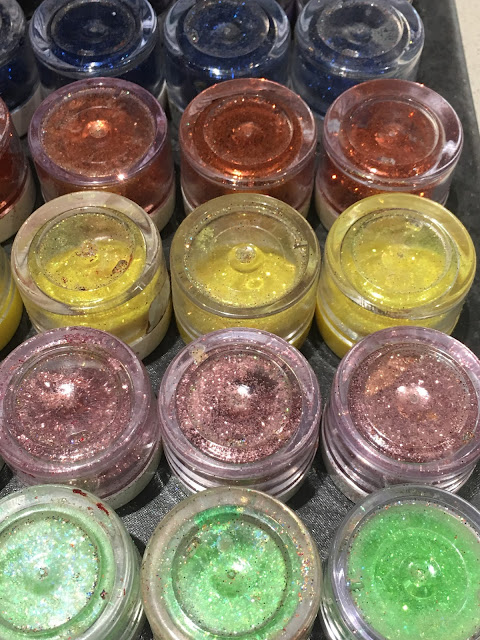 edible glitter for cupcake toppers