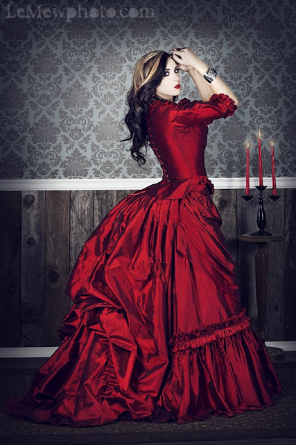 Steampunk ball gown in red silk or satin. Steamgoth or gothic dracula costume for women. Steampunk dress or Steampunk Skirt in red.