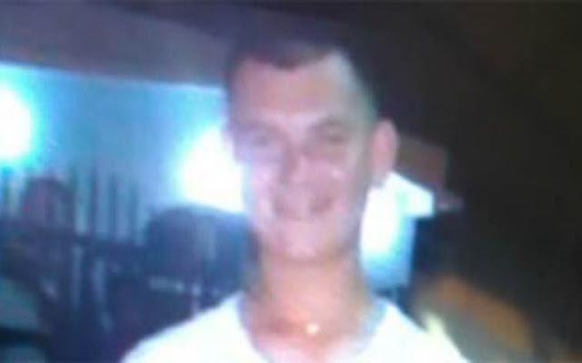 Secuestraron aun maestro y lo mataron con 15 tiros