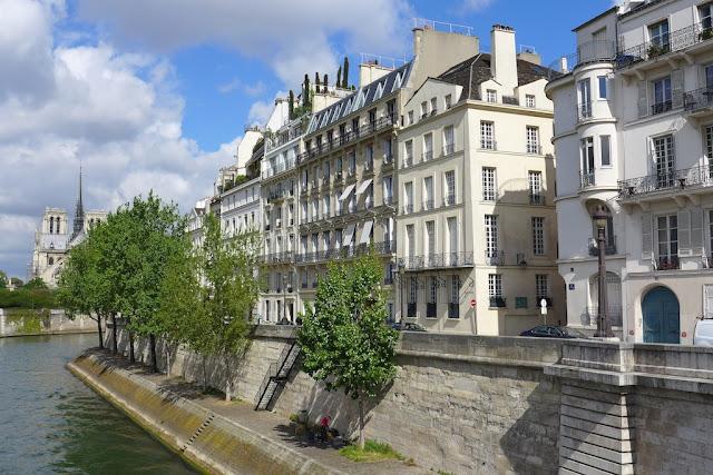 Caminhada na Île St Louis em Paris