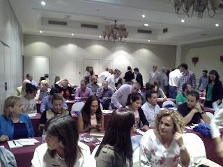 Descanso en la ponencia organizada por la Inmobiliaria Valladolid Don Sancho
