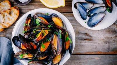 Daftar Makanan, Sayuran dan Buah Penyebab Asam Urat