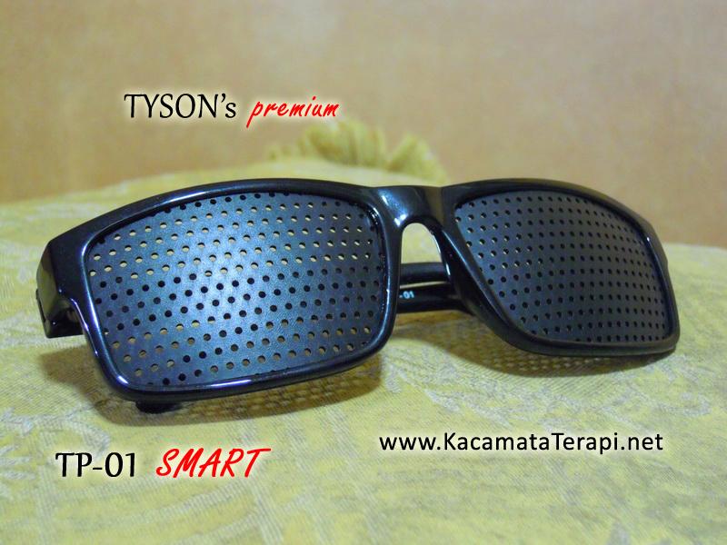 Secara sepintas kacamata terapi Pinhole Glasses atau Aerobic Glasses  terlihat seperti kaca mata hitam biasa. Tetapi bila dilihat dari jarak  dekat secara ... fb882dd0ef