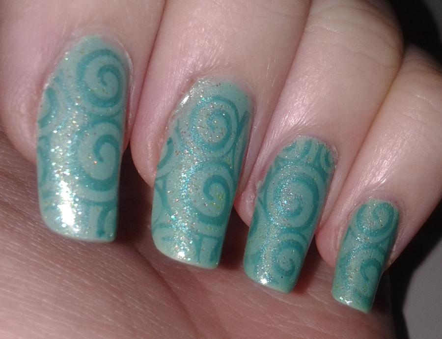 Glittericity: Teal Swirly Nails