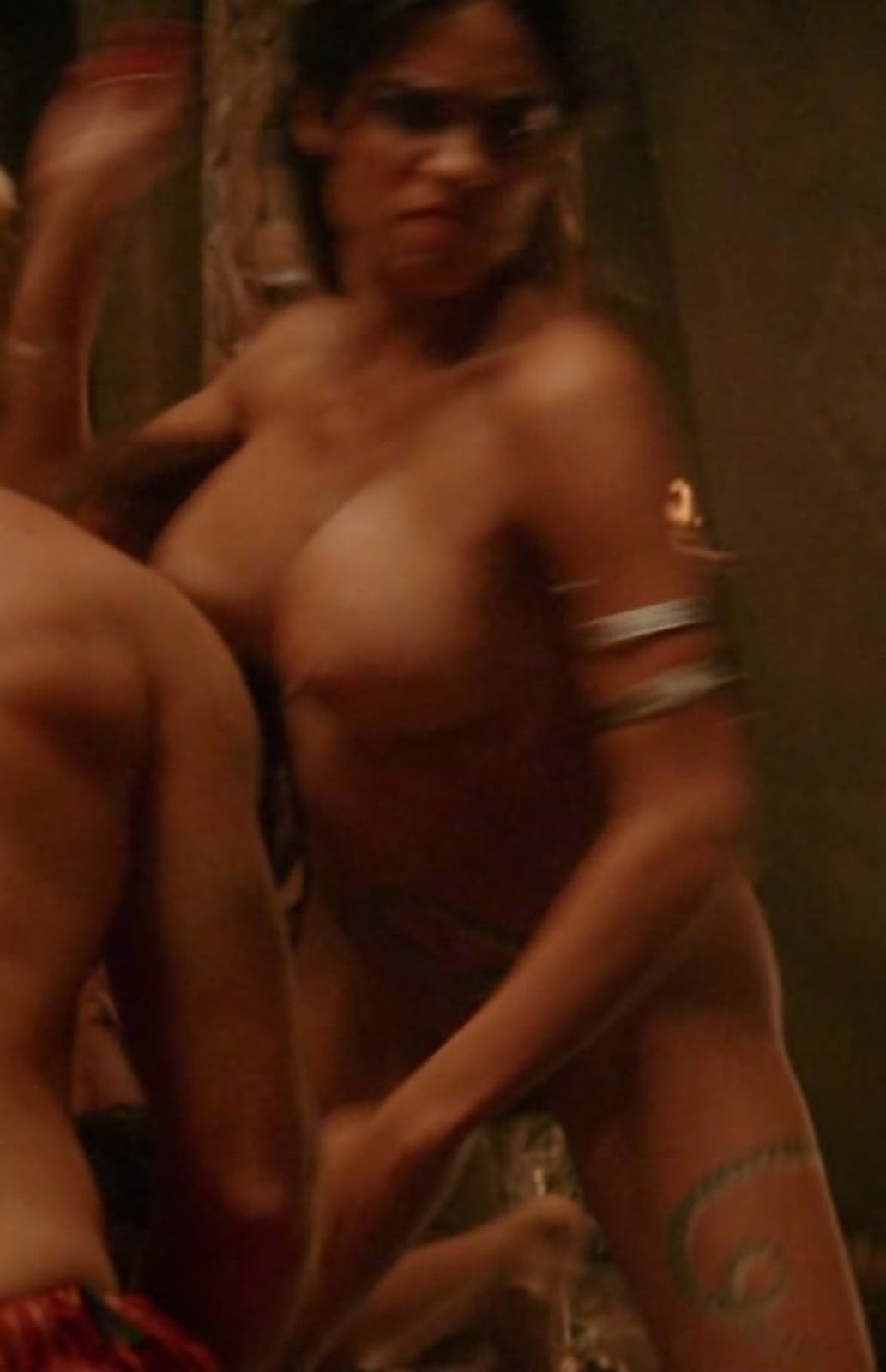 Rosario Dawson Hot Nude Leaked Pictures