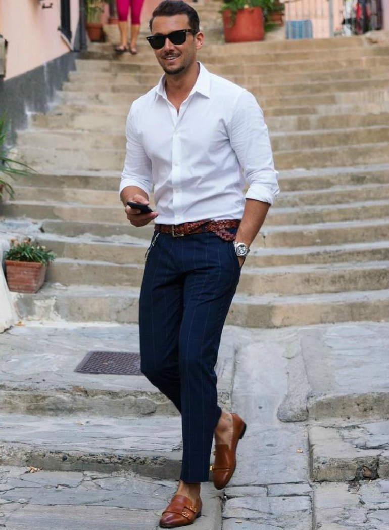 11 ways to style your white shirt.  9f1e8888d922