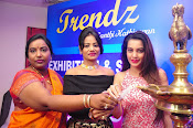 diksha launches trendz exhibition-thumbnail-5