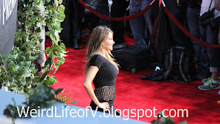 Sofia Vergara poses for photographers - Jurassic World Premiere
