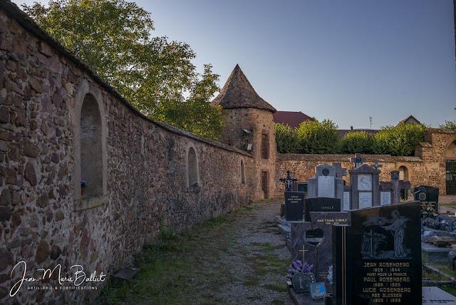 Cimetière fortifié d'Hartmannswiller — Tours de flanquement (angle sud-ouest)