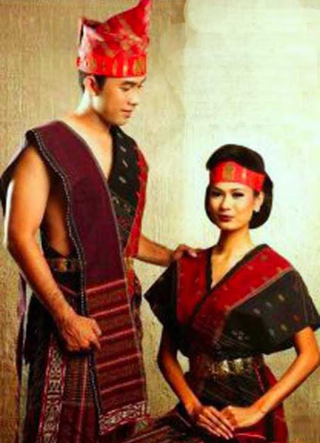 Gambar Pakaian adat Suku Batak Toba