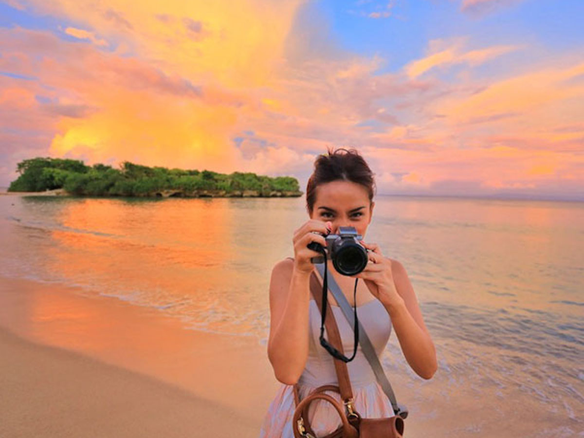 Image result for travel vlogger indonesia