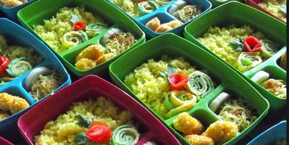Resep Nasi Kuning Gurih Spesial Enak Komplit Tumpeng Khas Betawi Dan Banjar