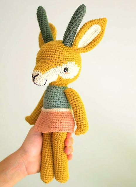 amigurumi gazelle crochet pattern