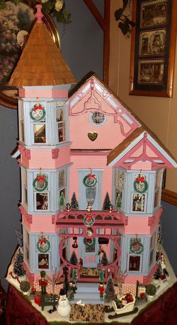 Christmas Doll House, Christmas Home Tour, 2017!
