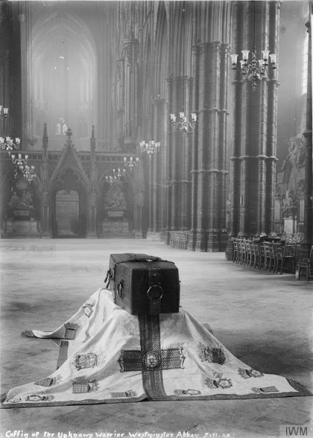 "The coffin of ""The Unknown Soldier"" Westminster Abbey, London 11.11.1918"