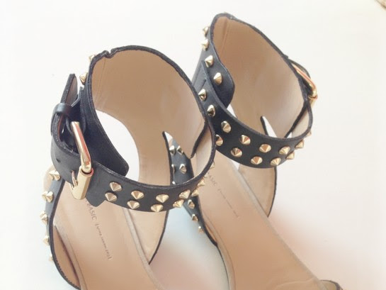 NEW IN: ZARA STUDDED LEOPARD PRINT SANDALS