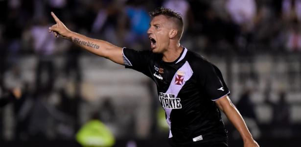 fa7830437c Ex-jogador do Vasco estaria de malas prontas para voltar ao Clube ...