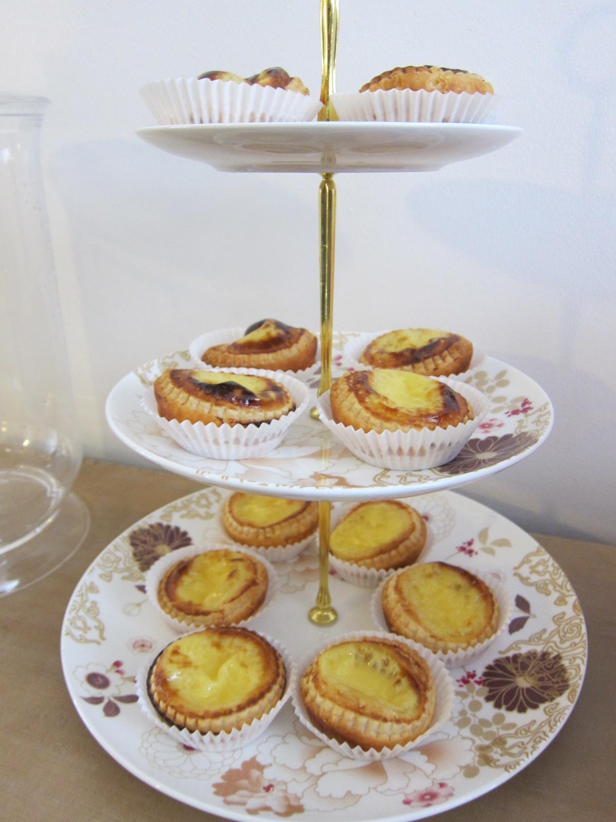 Cheats way egg tarts aka dan tat hong kong style lucy for Easy housewarming party food