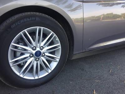 Cảm biến áp suất lốp Ford Focus