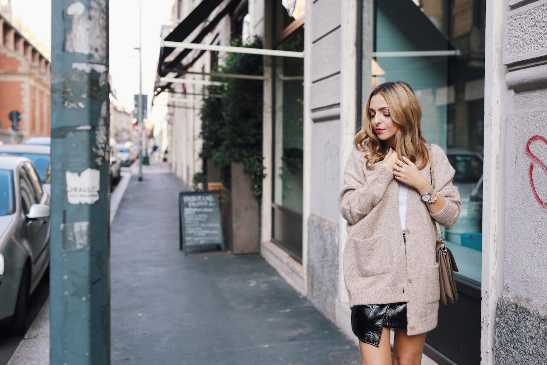 Milan Street Style Vinyl Skirt Outfit