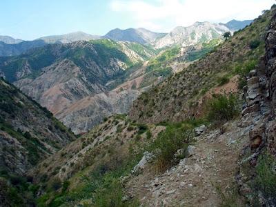 Переход из ущелья Бегар в Оджук по хребту между ущельями Такоб и Оджук, Варзоб, горы Таджикистана - фото-обзор похода
