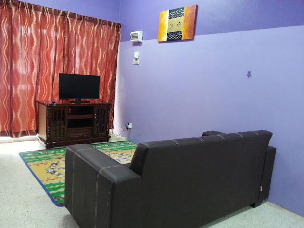 Ruang Tamu Kos Rendah