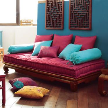 Panqueca na parede 12 id ias para ter uma cama na sala for Modelos de divan cama