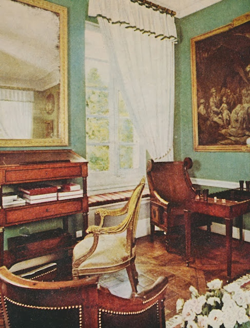 19th Century Drawing Room: The Peak Of Chic®: A True Connoisseur