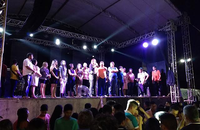 Mata Roma (MA): Prefeita transforma Festa do Caju em comício