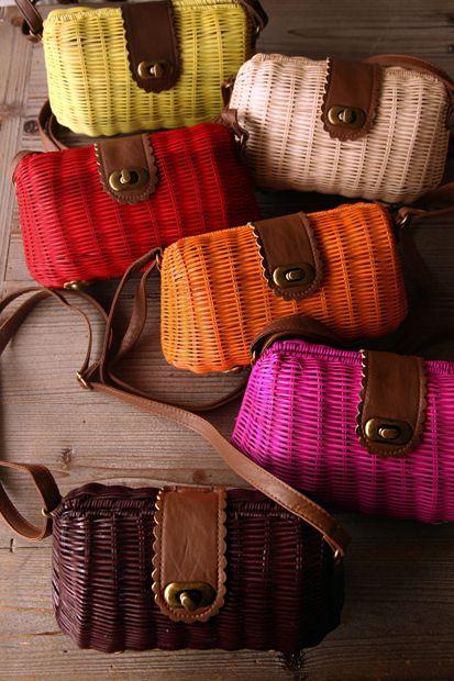 wiklinowe torebki kolorowe