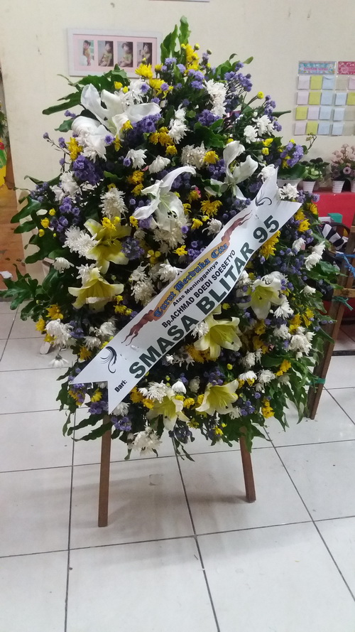 harga karangan bunga duka cita surabaya, toko bunga duka cita surabaya, jual karangan bunga duka cita di surabaya