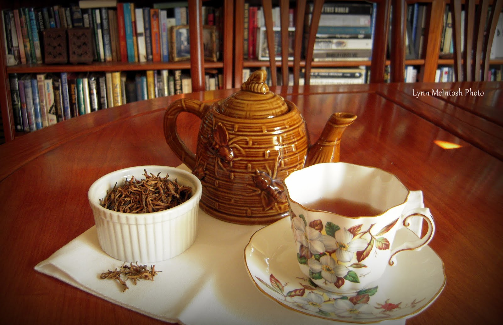 I Love Books and Tea!