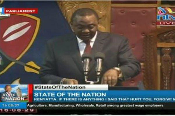 """Madaxwayne Uhuru Kenyatta; """"Soomaaliya waxaa dhibaato ku haya dad ajaaniib ah"""""""