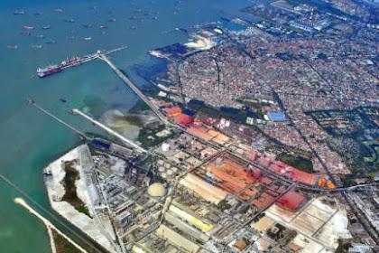 Gresik Kota Santri Atau Industri ?