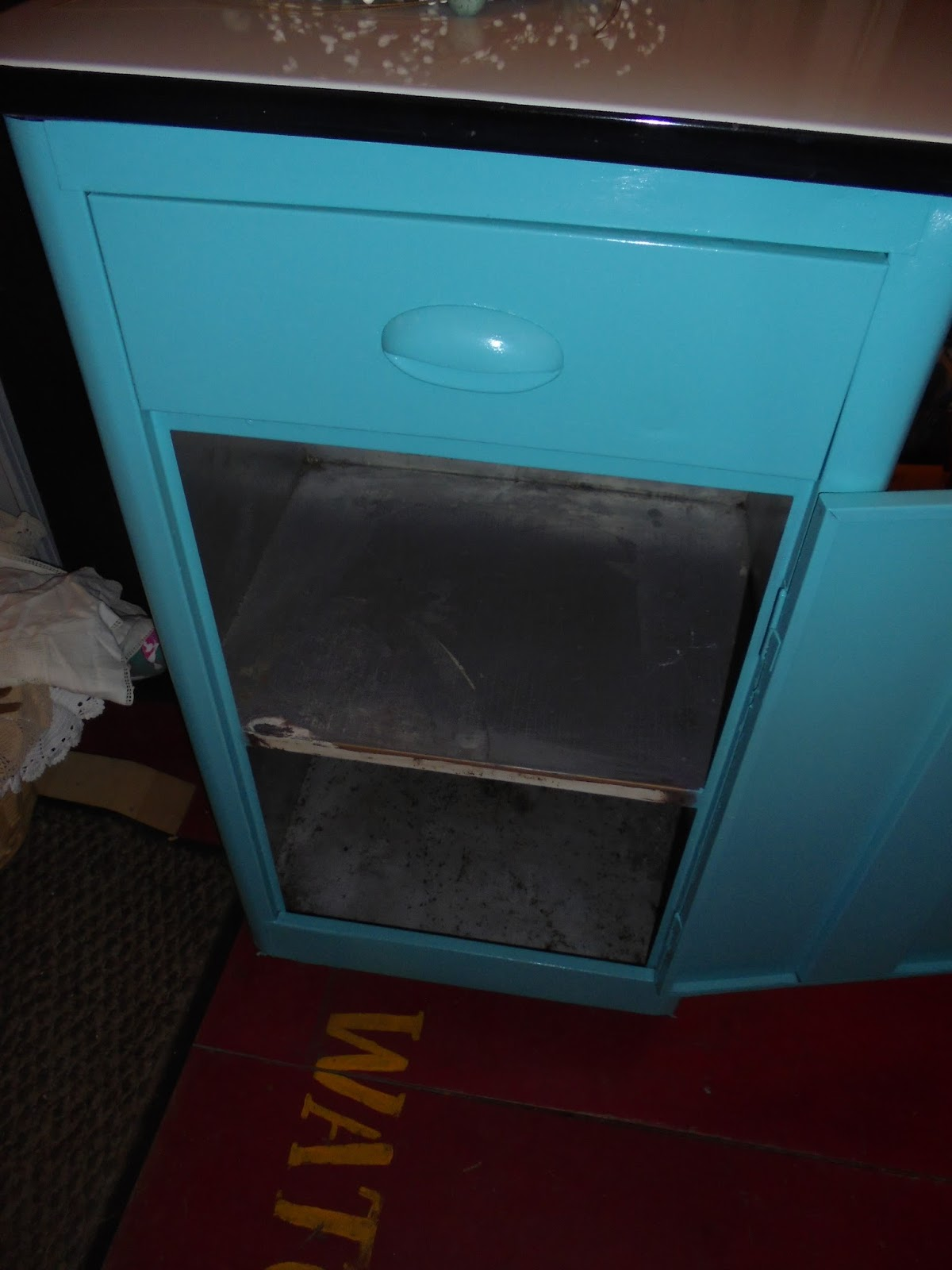 Enamel Top Cabinet Log Cabin Antiques Gifts Enamel Top Kitchen Cabinet