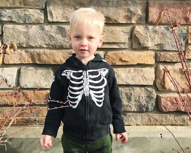 Halloween Skeleton Hoodie for toddlers