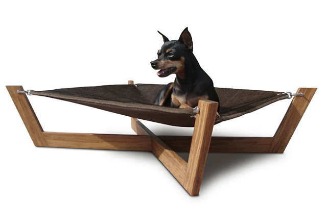 A Hip Eco-Friendly Hammock For Dogs (or cats) From Pet Lounge Studios. – if it's hip, it's here