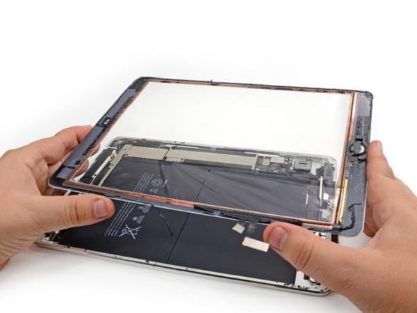 quy trình thay màn hình iPad 2 chuyên nghiệp
