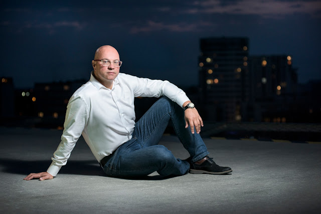Maciej Ejdys Archime biznesowa sesja zdjęciowa