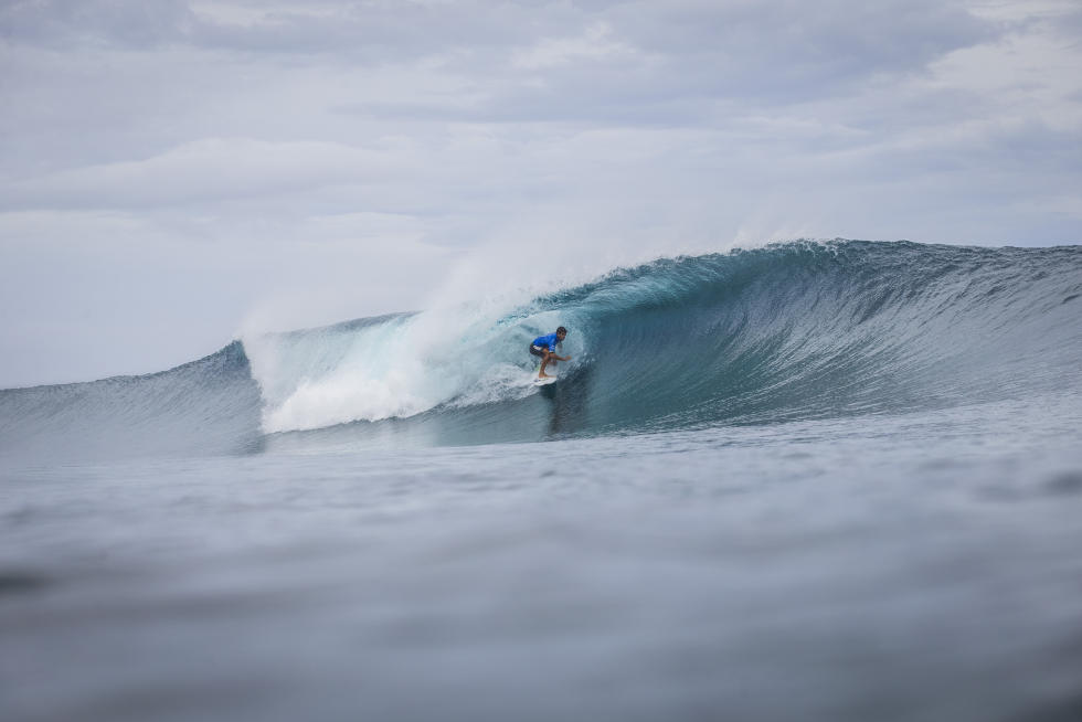 10 Alex Ribeiro Billabong Pro Tahiti 2016 foto wsl Poullenot Aquashot