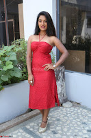Mamatha sizzles in red Gown at Katrina Karina Madhyalo Kamal Haasan movie Launch event 206.JPG
