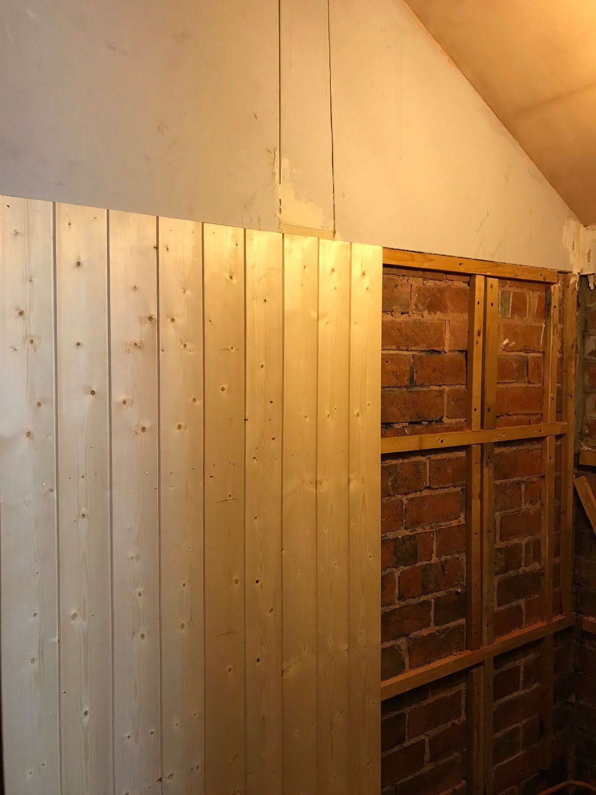 how to attach and fit panelling DIY